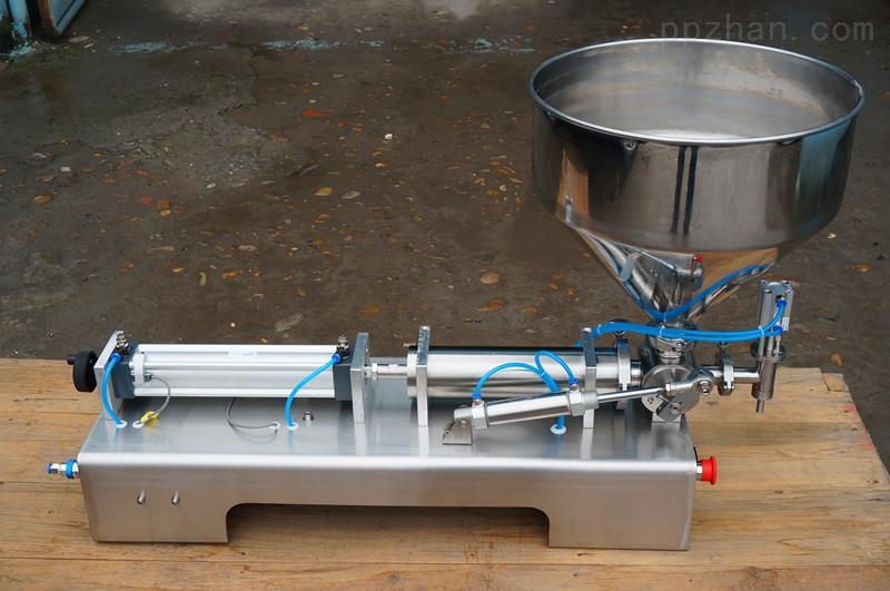 沙棘酱双头卧式灌装机-新科技现代化设备