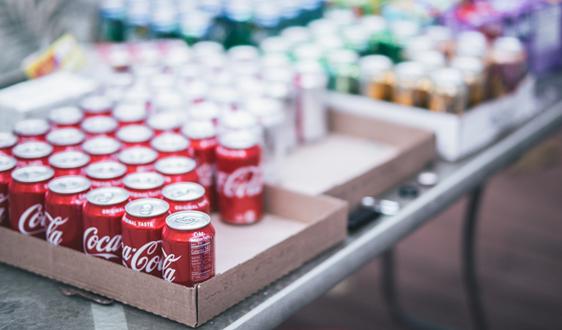 可口可乐改变雪碧塑料包装提高回收性